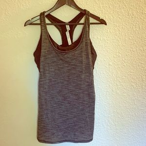 Like on tank with attached bra size 10 like new